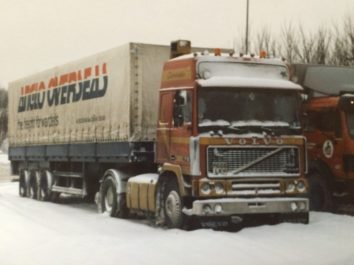 Young Darren & Mark Goddard start trucking…